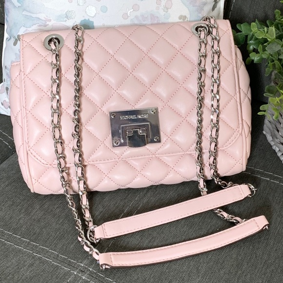 Michael Kors Handbags - MK Vivianne Light Pink Quilted Chain Flap Handbag